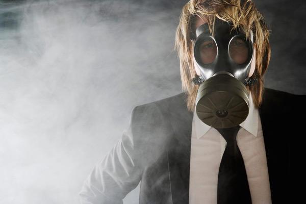 03-15-gas-mask_full_600
