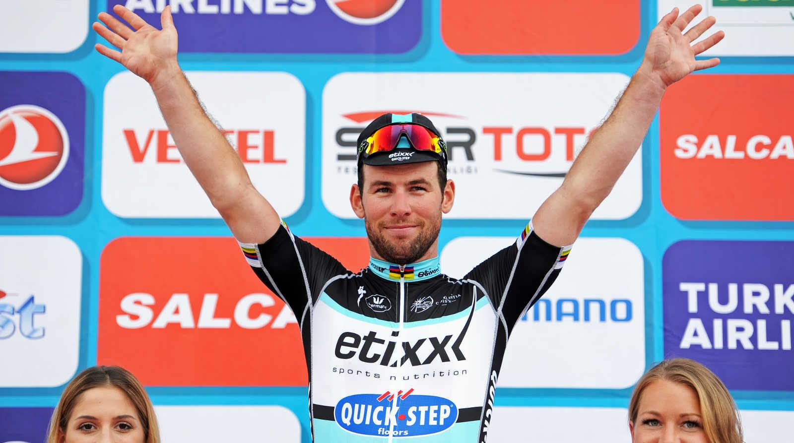 tur2015-0426-podium